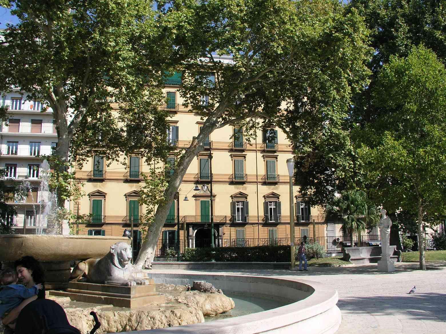 Facciata del Palazzo Carafa